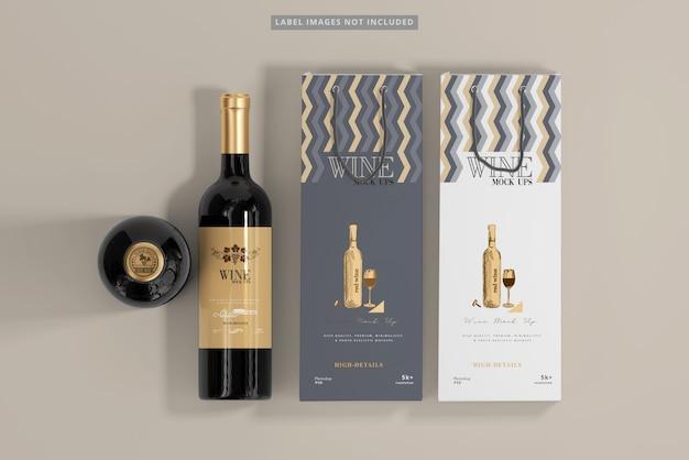 Garrafas de vinho com maquete de sacolas de compras