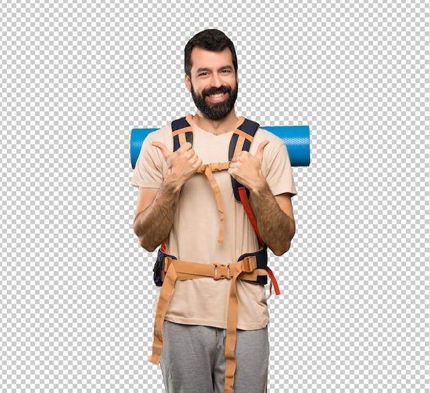 Hiker, homem, com, polegares cima, gesto, e, sorrindo