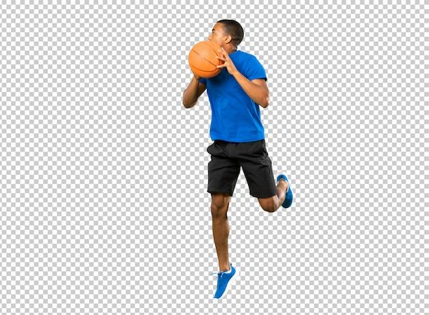 Homem de jogador de basquete afro-americano