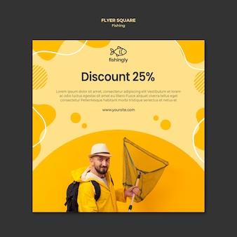 Homem de vendas da loja no casaco de pesca amarelo panfleto quadrado
