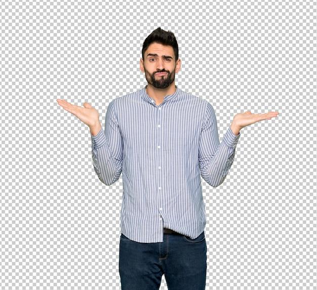 Homem elegante com camisa infeliz e frustrado com alguma coisa porque não entender algo