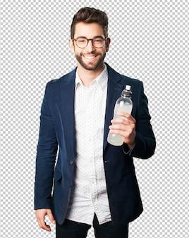 Homem jovem, bebendo, um, refresco