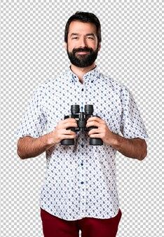 Homem moreno bonito com barba ___