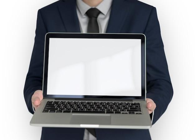 Homem negócios, segurando, laptop, cópia espaço, tecnologia
