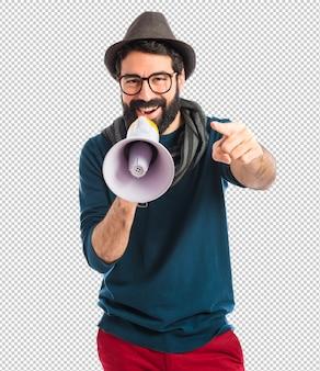 Homem, shouting, por, megafone