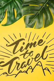 Hora de viajar, lettering com folhas de palmeira tropical