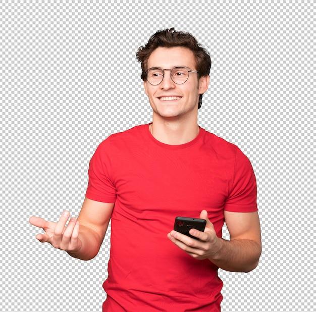 Jovem feliz usando seu telefone celular