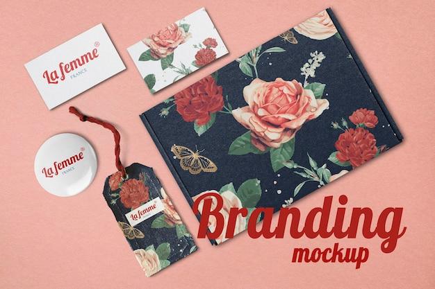 Kit de maquete de marca floral psd, design de flores vintage