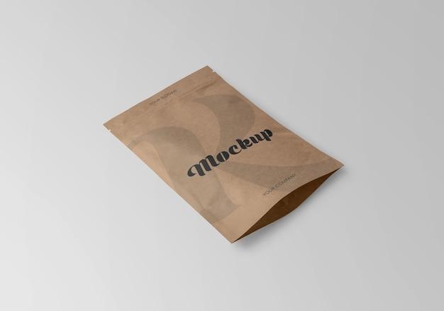 Kraft stand-up pouch com zíper maquete