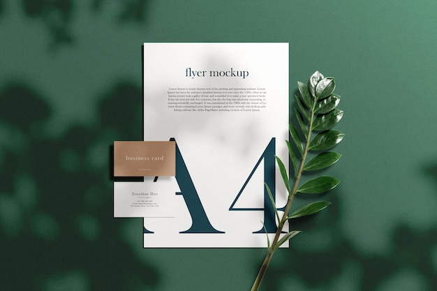 Limpe a maquete de cartão de visita mínima em papel a4 com e folhas