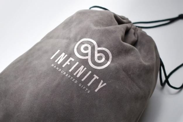 Logotipo em uma maquete de saco