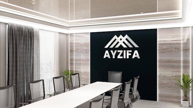 Logotipo metálico na maquete da sala de recepção de um escritório de luxo