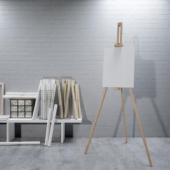 Lona branca em um cavalete na sala de arte