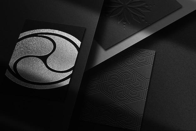 Luxo close-up prata em relevo cartões de visita maquete
