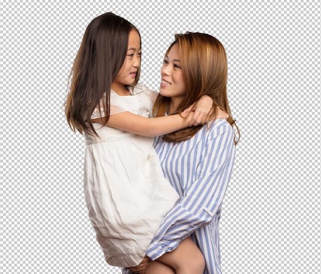 Mãe chinesa e filha sorrindo