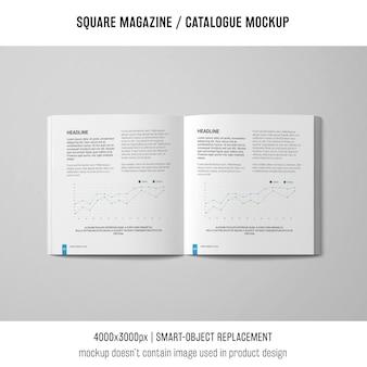 Magazine quadrado aberto ou maquete de catálogo