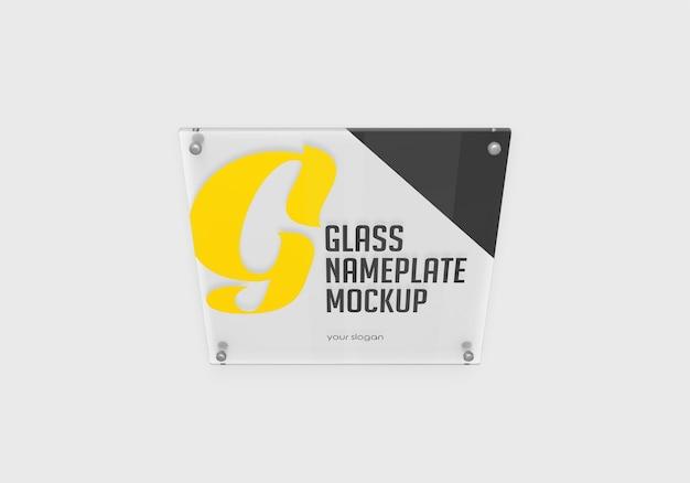 Maquete da placa de identificação de vidro quadrada isolada