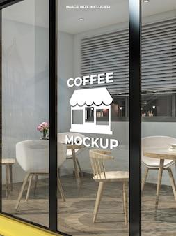 Maquete da porta de vidro do café