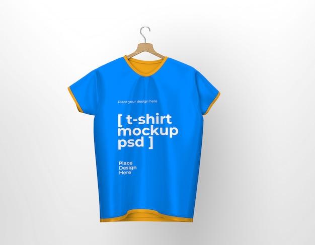 Maquete da vista frontal da camiseta isolada