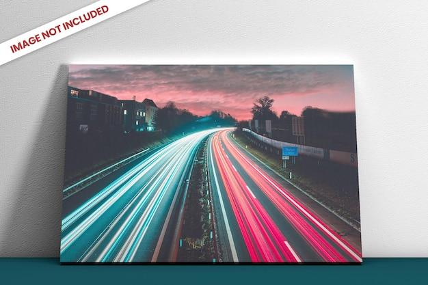 Maquete da vista lateral da tela da foto isolada