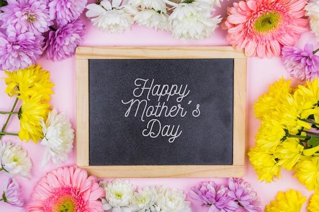 Maquete de ardósia com conceito de dia das mães