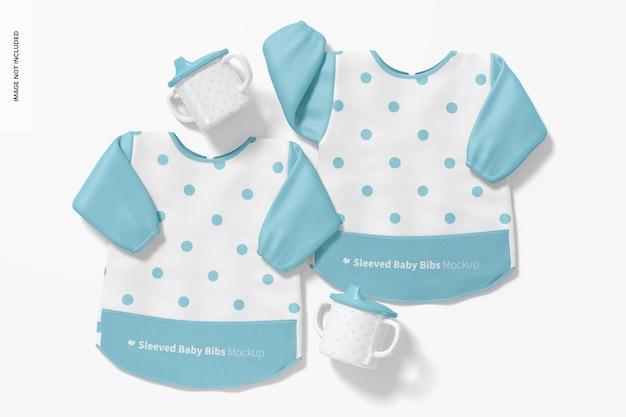 Maquete de babadores de bebê com mangas, vista superior