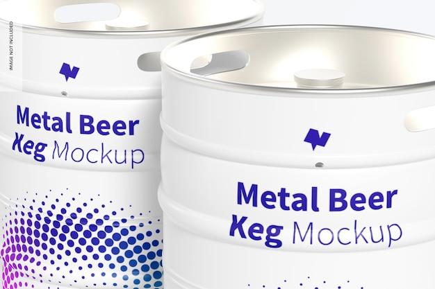 Maquete de barris de cerveja de metal, close-up