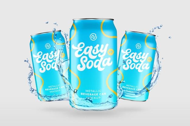 Maquete de bebida fresca flutuante com respingos de água