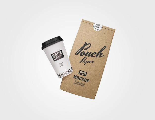 Maquete de bolsa e xícara de café