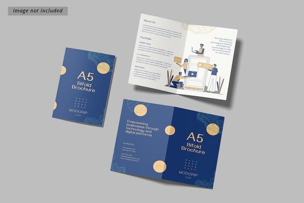 Maquete de brochura bifold a5 Psd Premium