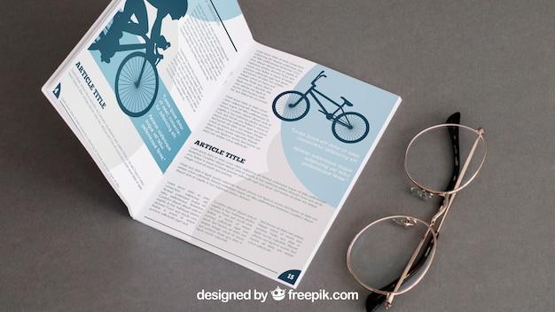 Maquete de brochura com óculos