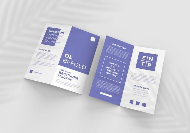 Maquete de brochura de duas dobras de tamanho dl