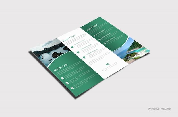Maquete de brochura interna com três dobras