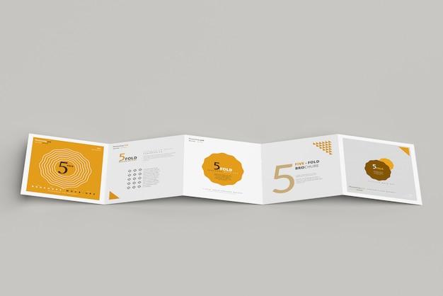 Maquete de brochura quadrada com cinco dobras