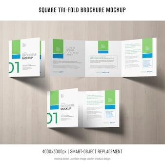Maquete de brochura quadrada de três dobras