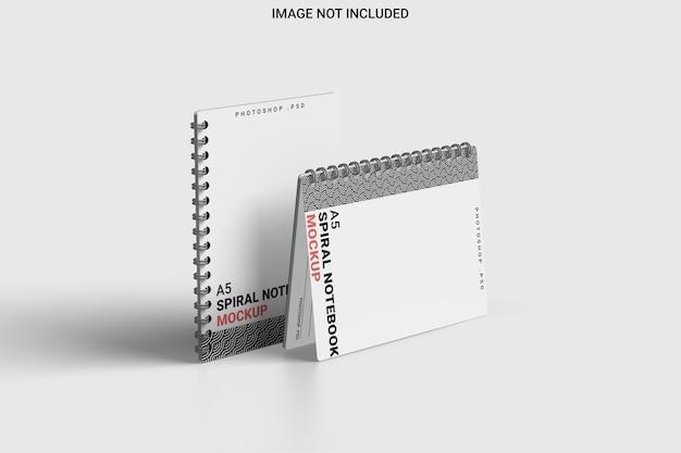 Maquete de caderno espiral com vista esquerda isolada