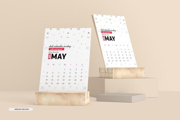 Maquete de calendário de mesa com suporte de madeira