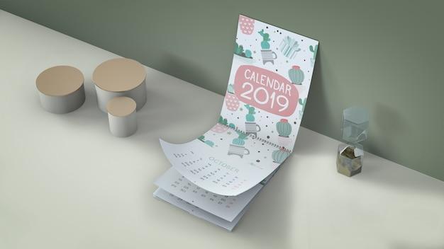 Maquete de calendário decorativo em perspectiva isométrica