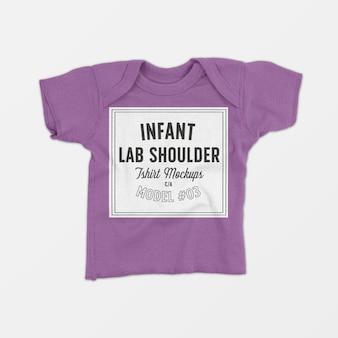 Maquete de camiseta de colo infantil para ombro 03
