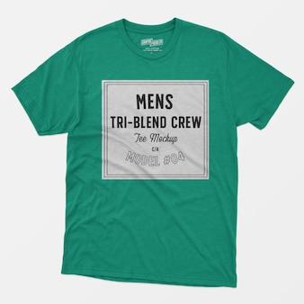 Maquete de camiseta tripulação para homem 04