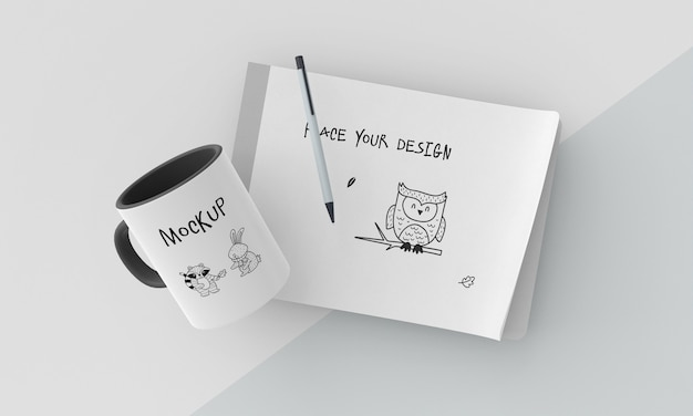 Maquete de caneca de cerâmica com design personalizado Psd grátis