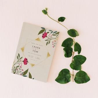 Maquete de capa com folhas