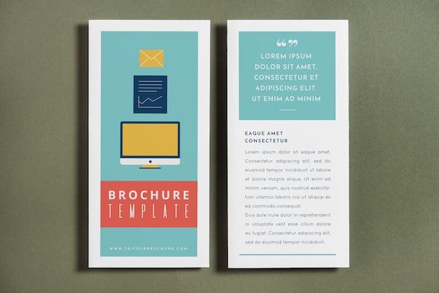 Maquete de capa de brochura com três dobras