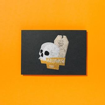 Maquete de capa de halloween com crânio