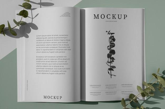 Maquete de capa de revista natureza plana com sortimento de folhas