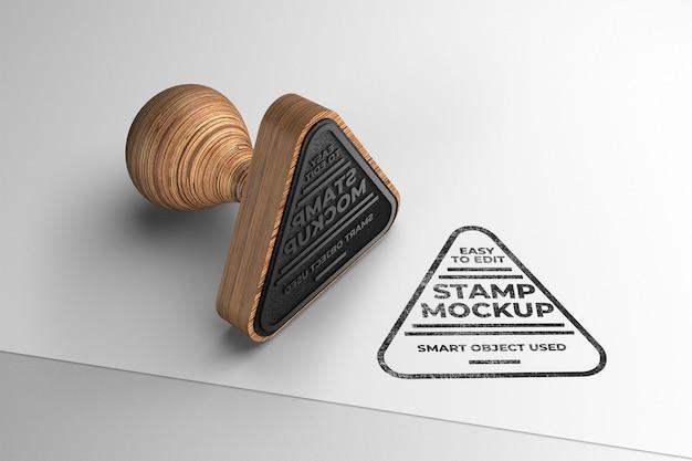 Maquete de carimbo triangular
