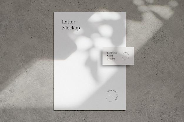 Maquete de carta e cartão de visita para nós