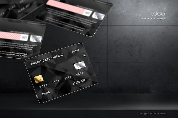 Maquete de cartão de crédito flutuante em fundo de pedra escura