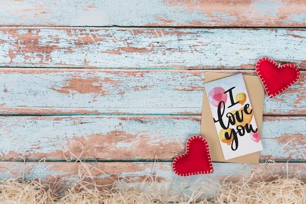Maquete de cartão de dia dos namorados com copyspace