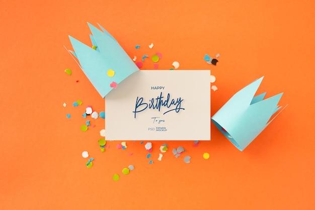 Maquete de cartão de feliz aniversário com letras e decoração, renderização em 3d